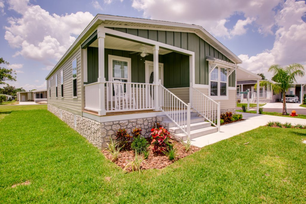selling a mobile home curb appeal