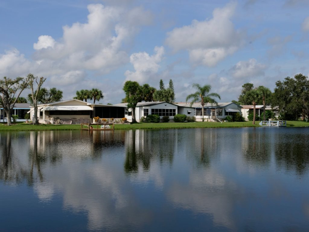 Vero Palm mobile homes in Florida