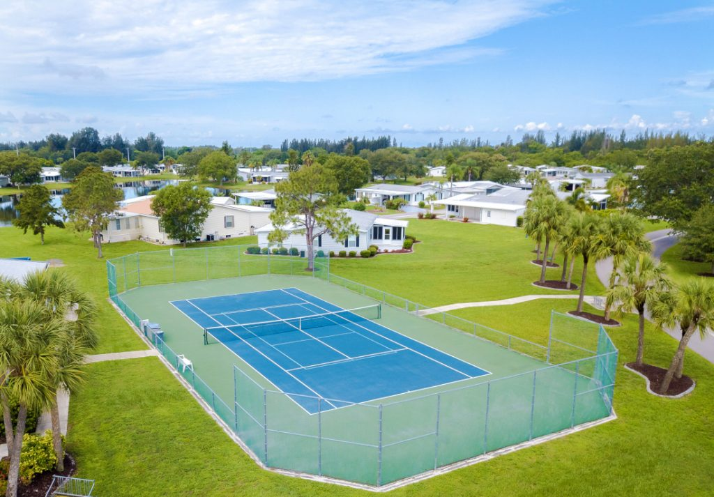 Mobile Home Lot Rent Tennis Court