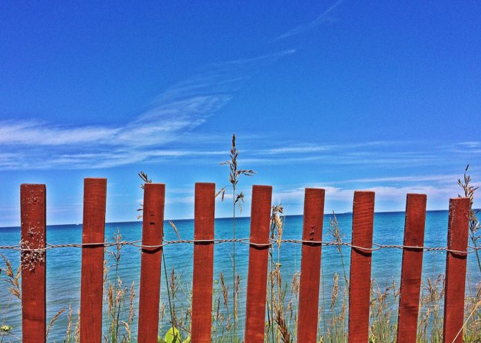 Beach fence top great lakes mobile home markets