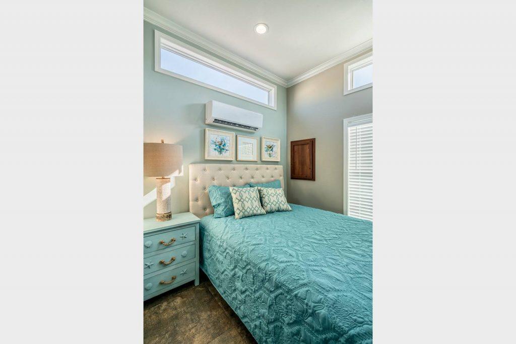 one bedroom mobile home bedroom