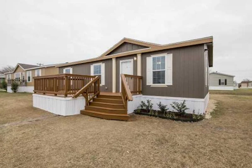 Cottage style manufactured home